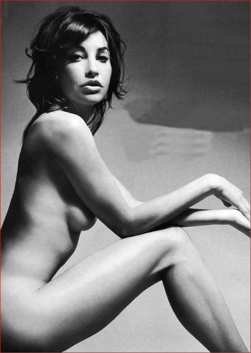 Gina Gershon nue - Elles se mettent nues pour nous