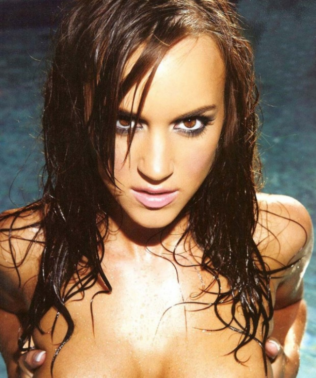 Rosie-Jones-Topless-in-Pool