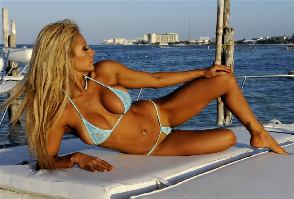 Boats hot girls on